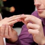 L'organisation des fiançailles en trois points.