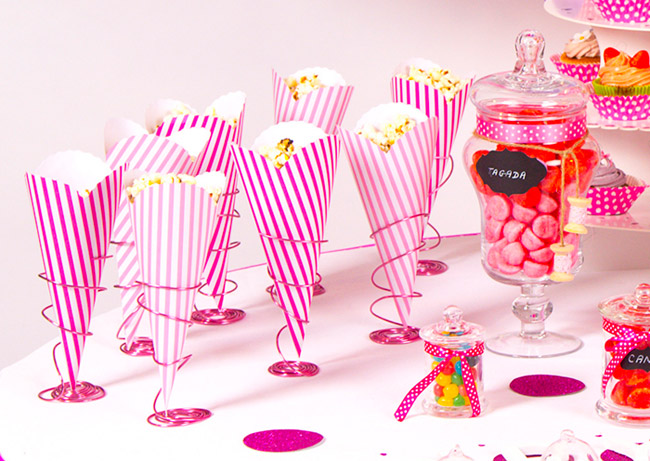 Les th mes mariage tendance candy bar mariage champ tre for Decoration theme gourmandise