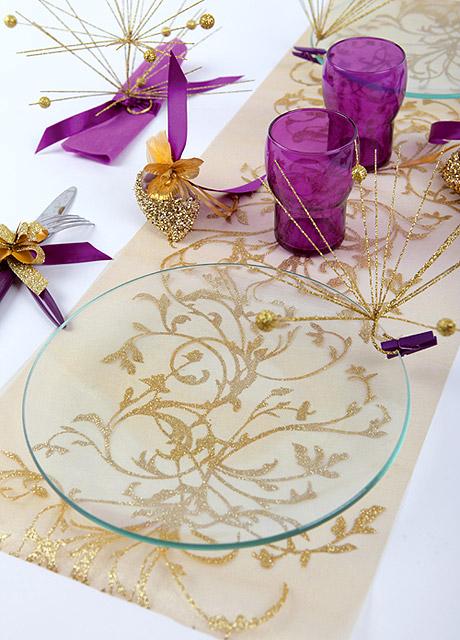 chemin de table comment le choisir et l assortir decoration mariage. Black Bedroom Furniture Sets. Home Design Ideas
