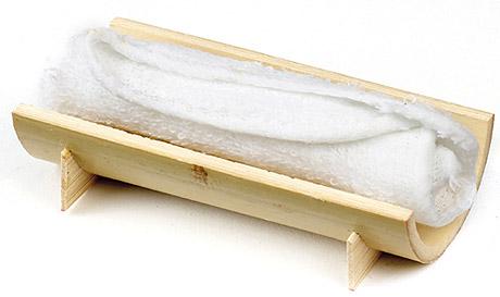 serviette-rafraichissante-table-1